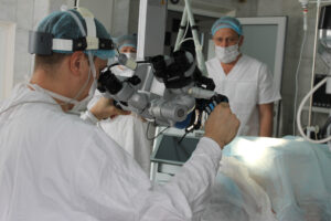 علاج شلل الحبل الصوتي في روسيا 1